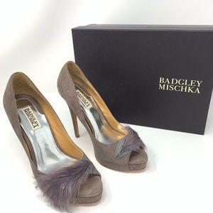 Badgley Mischka feather taupe ginnie heel